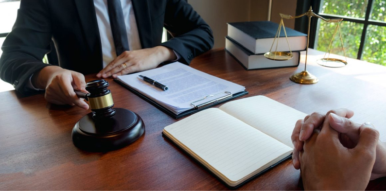 HOW THE BEST LAW FIRMS IN UAE CAN HELP YOU PREPARE FOR DISPUTES